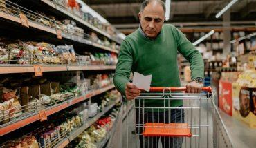 En octubre, las ventas en supermercados cayeron un 2,2% interanual