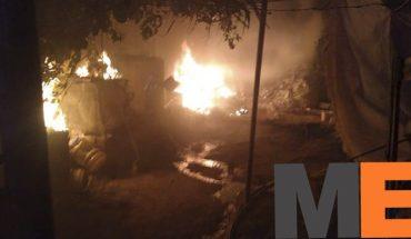 Incendio domiciliario deja 2 sin vida en Zinapécuaro