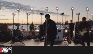 Liam Gallagher interpreta su nueva canción desde el río Támesis — Rock&Pop