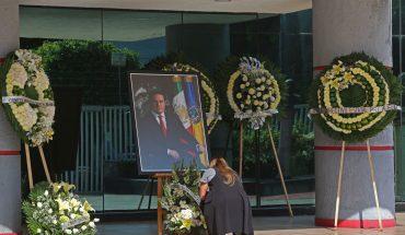 Rinden homenaje en el Congreso de Jalisco a Aristóteles Sandoval