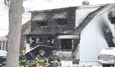 Tragedia navideña: madre alcanzó a rescatar a uno de sus hijos pero otros dos fallecieron al incendiarse su casa