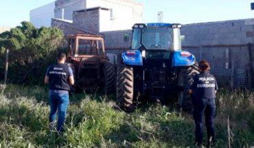 Un hombre tuvo que alquilar un avión para encontrar sus tractores robados
