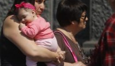 Bill seeks to extend emergency postnatal, while 30,000 mothers and fathers have already lost the benefit