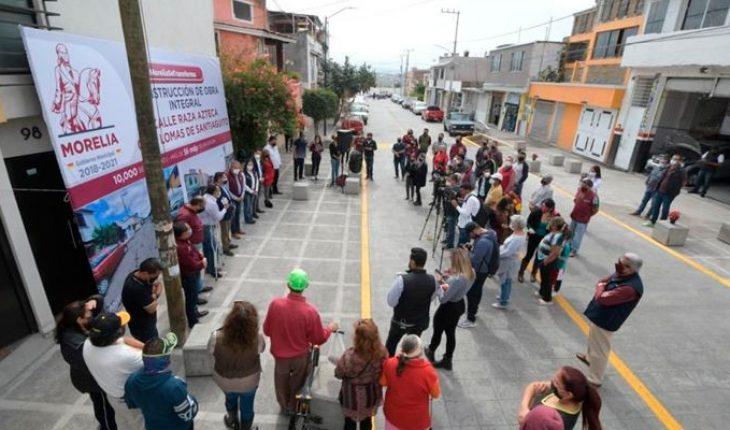 Inauguration of the integral rehabilitation of Raza Azteca street of Lomas de Santiaguito