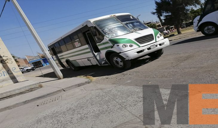 Older adult dies, was run over by passenger truck in Zamora