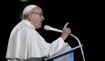 Pope suffers from sciatica and will not celebrate The Vespers Mass or the New Year's Mass