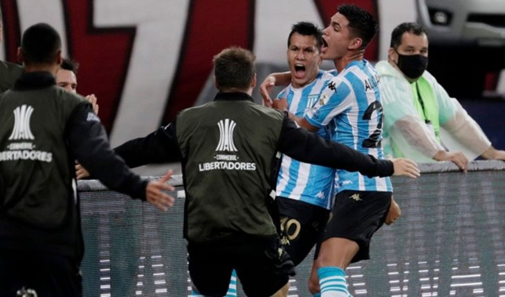 Racing tied 1-1 with Flamengo and qualified in quarter-time penalties