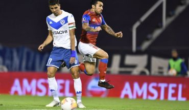 South American: U. Católica beats Velez in Argentina and dreams of the semi-finals