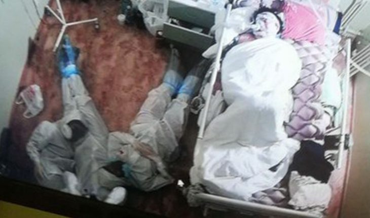 the photo showing the stark reality of three doctors