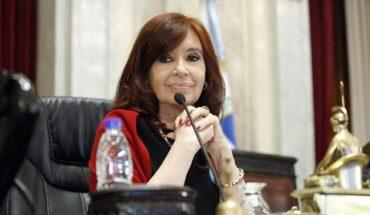 "Cristina Kirchner: ""Con la llegada de la vacuna se abre una esperanza"""