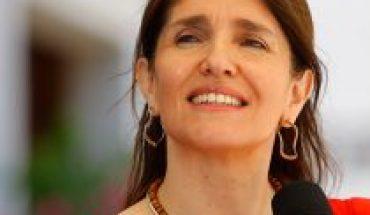 """El despliegue y definiciones de Paula Narváez para hacer despegar su candidatura: """"He tenido conversaciones con distintos sectores más allá de las fronteras del PS"""""""