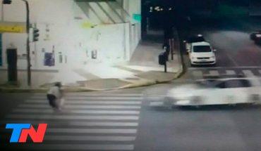 Atropelló a una mujer, mató a un nene de 5 años y escapó: el relato de un testigo que vio todo