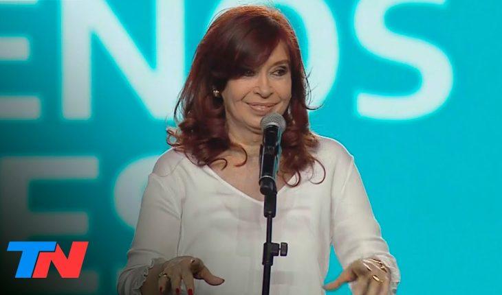 """Cristina Kirchner: """"Los ministros que tengan miedo o no se animen, que vayan a buscar otro laburo"""""""