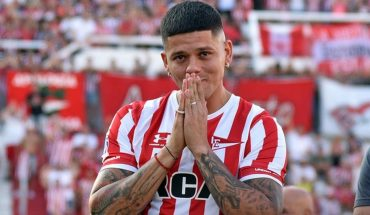 Boca accelerates through Marcos Rojo, who must resolve his departure from Manchester United
