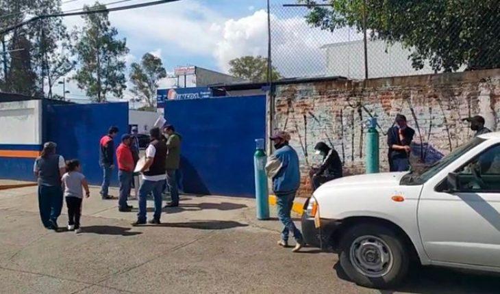 Morelia citizens face shortage of oxygen tanks