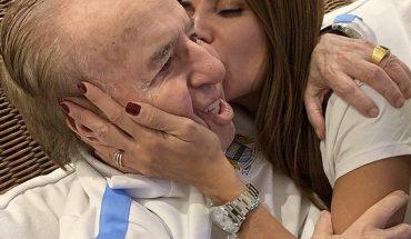 Familia de Menem ofrece recompensa por importante anillo que le habrían robado al expresidente