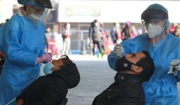 México registra 857 muertes más por COVID; vacunan a medio millón de adultos mayores