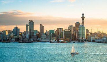 Nueva Zelanda ordena confinamiento de su mayor ciudad por un solo caso de coronavirus