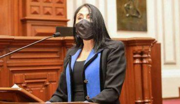 Perú: otra ministra renunció en medio del escándalo por vacunación del ex presidente y altos funcionarios