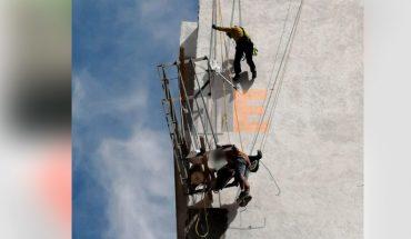 Rescatan a 2 albañiles tras accidente de andamio en edificio de Mirador Ocolusen