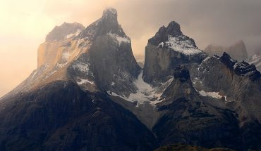 Agreement between the private sector and Conaf: they open platform to book online visits to the Torres del Paine