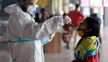 "Coronavirus: detectan una nueva cepa ""doble mutante"" en la India"