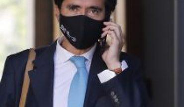 Cursan sumario sanitario a candidato presidencial de Evópoli, Ignacio Briones, por no respetar distanciamiento social en Aysén