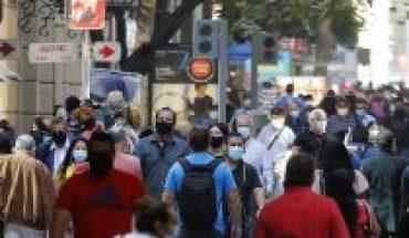 El análisis de JPMorgan sobre Chile: fortalecido por vacunación y retiros de fondos, pero presionado por riesgos políticos