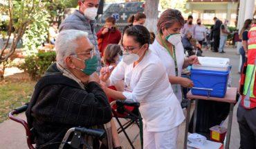 Entre jueves o viernes llegarán más dosis de vacuna contra Covid-19 a Morelia