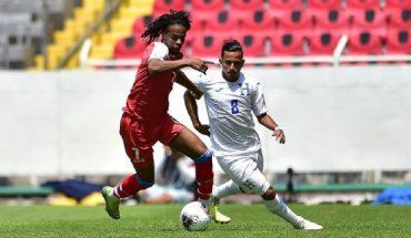 Haití sin guantes de portero y con solo 10 jugadores en el Preolímpico de Concacaf