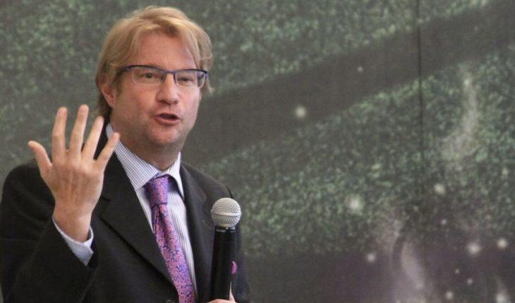 Intelectuales se deslindan del festival de Roemer, ante acusaciones