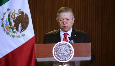 Jueces actúan con autonomía y libertad, responde Arturo Zaldívar a AMLO