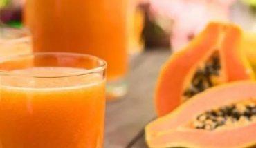 Jugo de fresa y papaya para aliviar la acidez estomacal