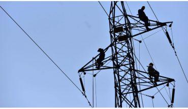 Morena y aliados aprueban en comisiones dictamen de Ley Eléctrica