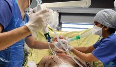 Mujer irá a la cárcel por toser en la cara de un paciente con cáncer en Florida