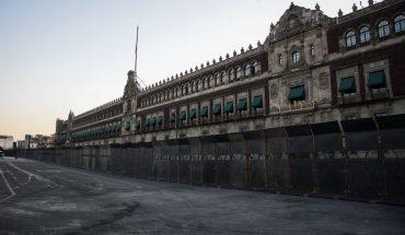 """""""No es miedo"""", asegura AMLO respecto a las vallas en Palacio Nacional"""
