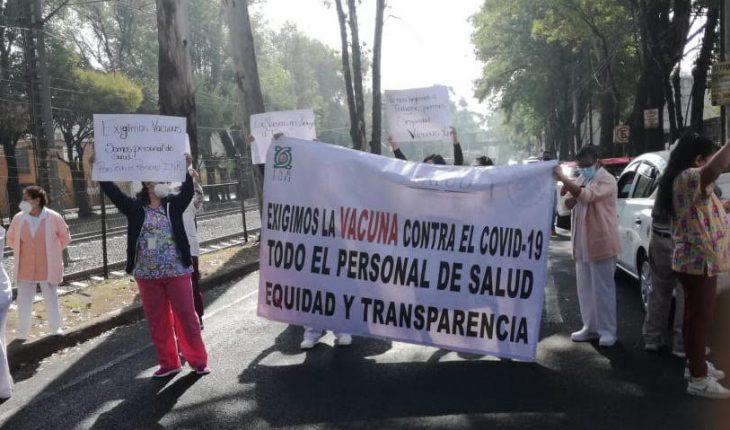 Personal de Instituto de Rehabilitación protesta por falta de vacuna COVID