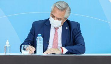 Plan Procrear: Alberto Fernández firma un convenio con la CGT y la CTA
