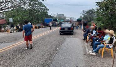 Suspensión de vacunación provoca protestas y bloqueos en Oaxaca; Murat responsabiliza a Bienestar de la falla