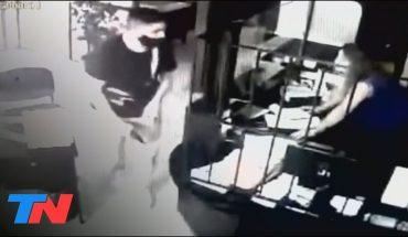 Asalto y pánico en una inmobiliaria: dos delincuentes armados robaron $230 mil en Berazategui