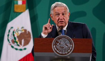AMLO to ask for review of judge who granted suspension vs electrical reform