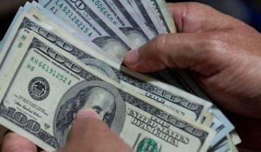 El Salvador's public debt would reach 100% of its GDP