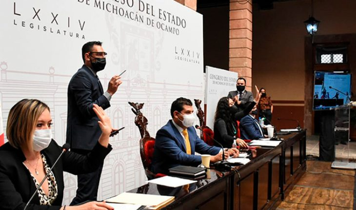 I endorse deputies permanent driver's licenses in Michoacán