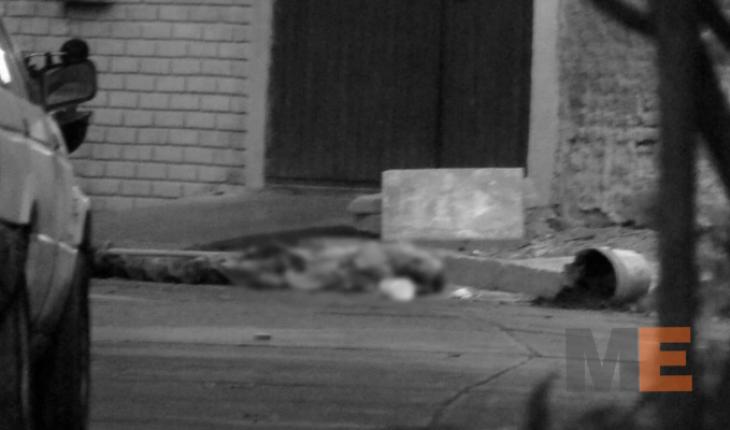 Adulto mayor muere al caer de lo alto de una casa en la colonia Los Espinos de Zamora