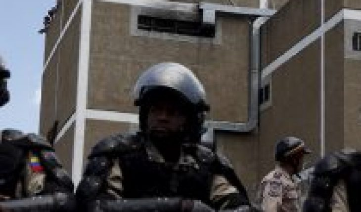 Police and military executed nearly 2,900 people in Venezuela in 2020, according to NGOs