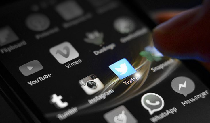 Russia threatens to block Twitter within a month if social network does not remove prohibited texts