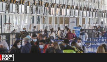 ¿Volar tras la pandemia? Adelantan inminente alza en los precios de viajes
