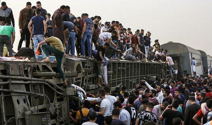 Al menos 11 muertos y casi un centenar de heridos tras accidente ferroviario en Egipto