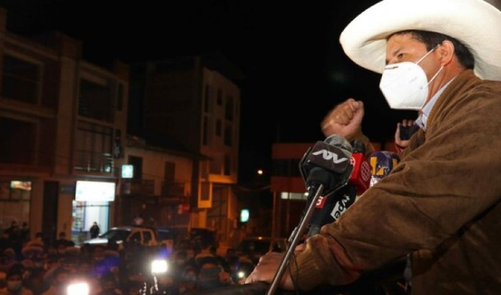 Elecciones presidenciales en Perú: izquierdista Pedro Castillo se consolida y disputará segunda vuelta
