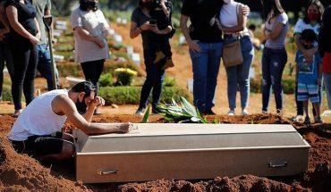 Este Viernes Santo Brasil contabilizó 3.000 muertes y más de 70.000 casos nuevos de Covid-19